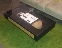 """table basse """"VHS"""""""